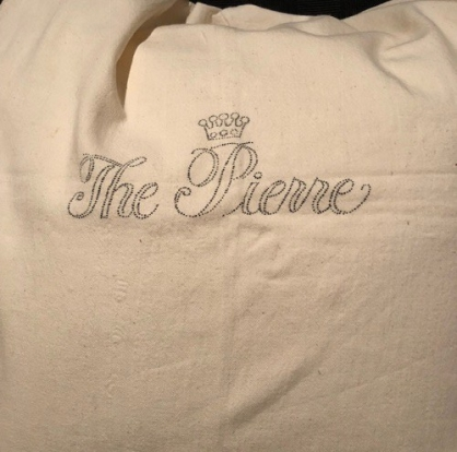 Pierre laundry bag closer