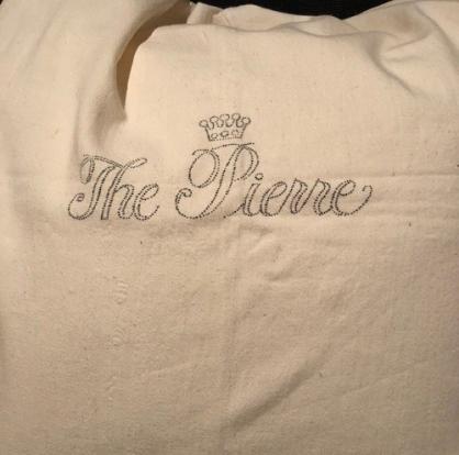 Pierre laundry bag closer